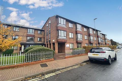 1 bedroom flat - Penrith Court, Broadwater Street East, Worthing, West Sussex, BN14 9AN