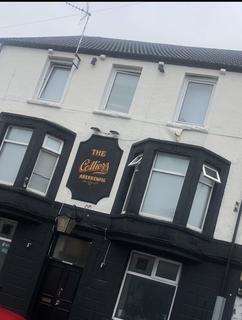 Pub to rent - 52 Bridgend Road, Aberkenfig, Bridgend CF32