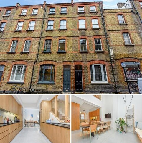 3 bedroom townhouse for sale - Princelet Street, London, E1