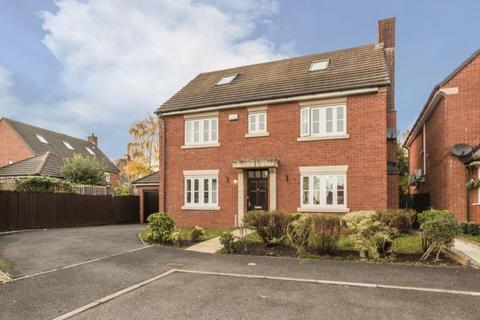 5 bedroom detached house - Mons Close, Newport - REF# 00008684