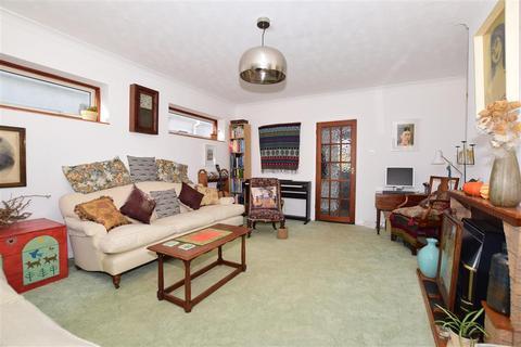 3 bedroom detached bungalow for sale - Botany Road, Kingsgate, Broadstairs, Kent