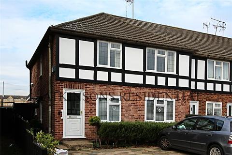 2 bedroom maisonette for sale - Holtwhite Avenue, Enfield, EN2