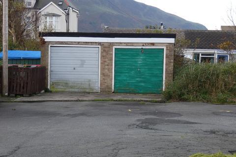 Land for sale - 1A Garage at Glan y Mor Fairbourne