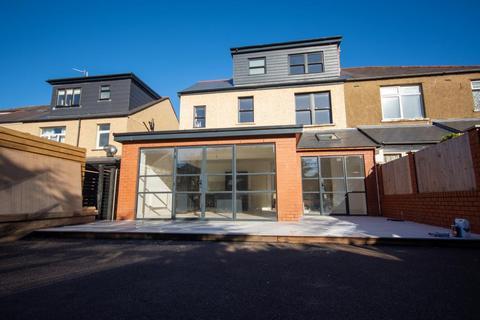 4 bedroom semi-detached house to rent - Llandennis Avenue, Cyncoed, Cardiff, Wales, CF23 6JF