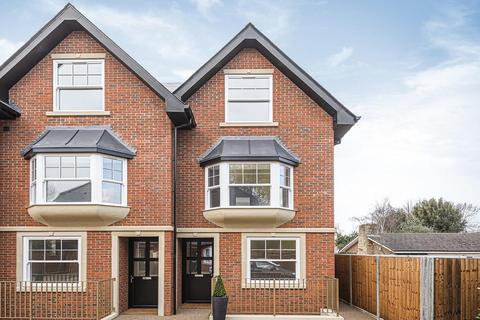 4 bedroom end of terrace house for sale - Grand Drive, Raynes Park
