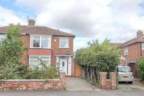 3 bedroom semi-detached house - Orchard Road, Fairfield