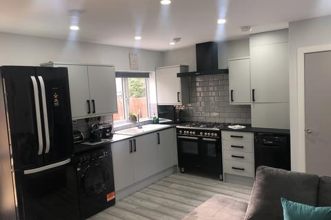 1 bedroom in a house share to rent - 2 Howard Road, Great Barr, Birmingham B43