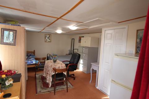 Studio to rent - Hunts Pond Road,Park Gate,Southampton,SO31 6QA