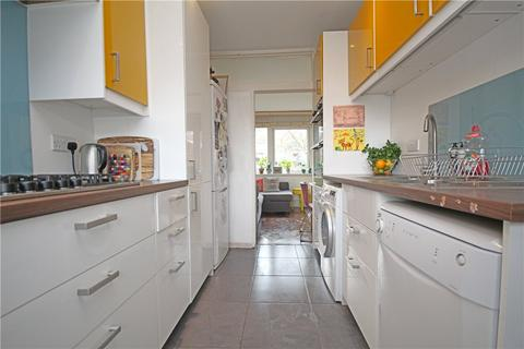 3 bedroom terraced house for sale - Gaywood Close, London, SW2