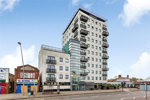2 bedroom apartment for sale - The Pinnacles, 156-162 High Road, Chadwell Heath, Romford, RM6