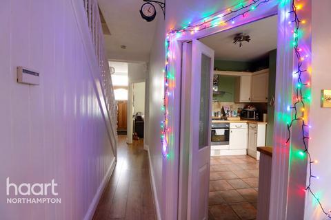 3 bedroom terraced house for sale - Cedar Road, Northampton