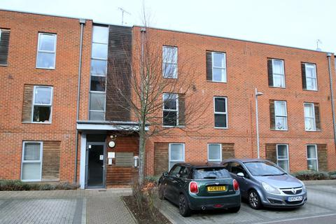 2 bedroom apartment to rent - Lake Court, Medway Drive, Tunbridge Wells