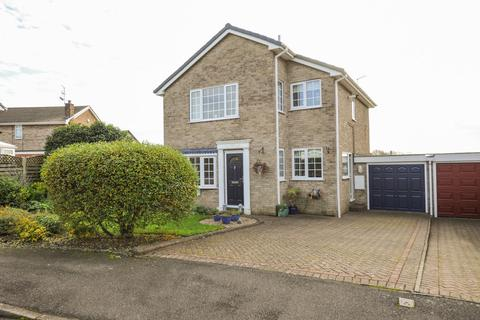 4 bedroom detached house for sale - Victoria Grove, Brimington Common, Chesterfield