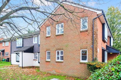 1 bedroom ground floor flat for sale - Brantwood Way, Orpington