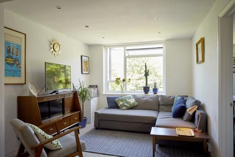 2 bedroom apartment for sale - Shaftesbury Road, Stroud Green N19