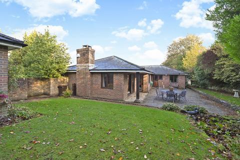 3 bedroom detached bungalow for sale - Broadwater Down, Tunbridge Wells