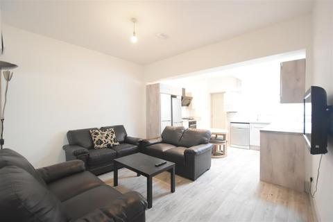 6 bedroom terraced house to rent - Selly Oak, Birmingham, B29 6JG