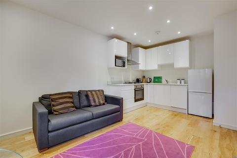 1 bedroom flat to rent - Southfield Road, Chiswick, W4
