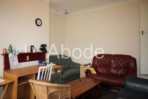 2 bedroom house to rent - Woodside Avenue, Leeds, West Yorkshire