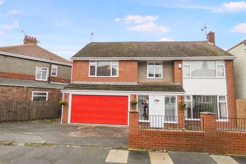 4 bedroom detached house for sale - Haig Avenue, Whitley Bay, Tyne & Wear