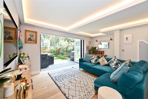 3 bedroom terraced house for sale - Garnet Street, London, E1W