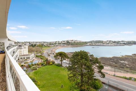 3 bedroom apartment - Seaway Court Seaway Lane, Torquay, TQ2