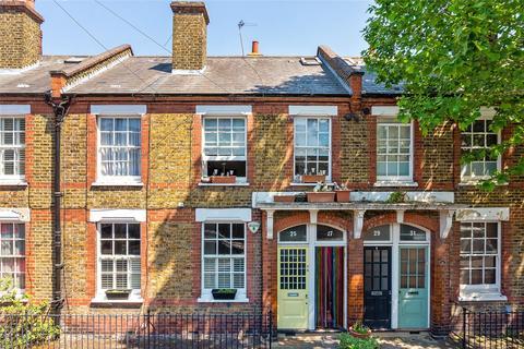 2 bedroom apartment for sale - Odger Street, London, SW11
