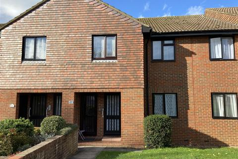1 bedroom flat - Loudon Way, Godinton Park, Ashford