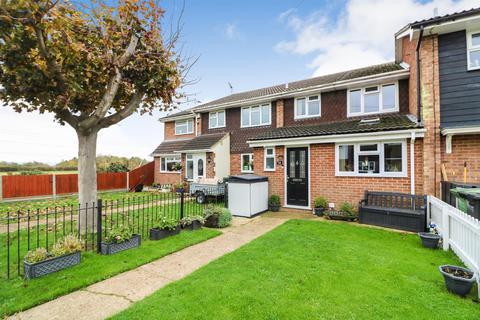 3 bedroom house for sale - Buckeridge Way, Bradwell-On-Sea
