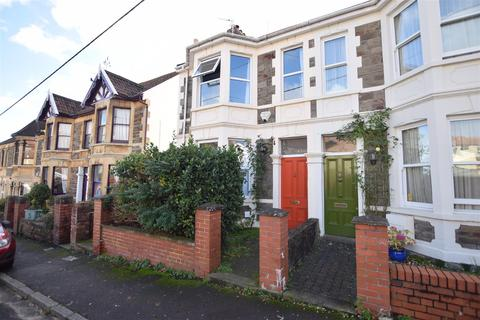 3 bedroom semi-detached house for sale - Church Path Road, Pill