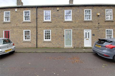 3 bedroom terraced house for sale - Government Row, Enfield, Greater London, EN3