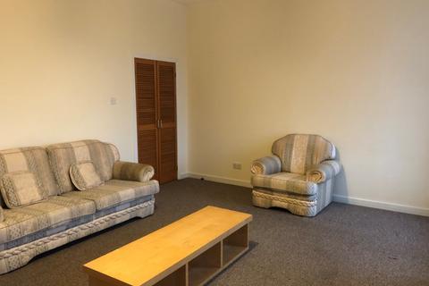 3 bedroom flat to rent - Bellgrove Street, Dennistoun, Glasgow, G31 1AA