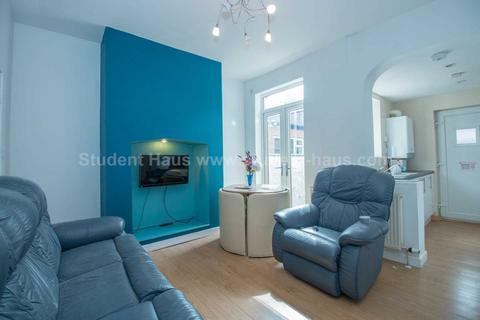 3 bedroom house to rent - Romney Street, Salford, M6 6BB