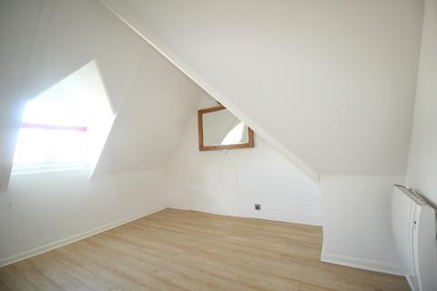 Studio to rent - Boyn Hill Ave, , Maidenhead, SL6 4ET