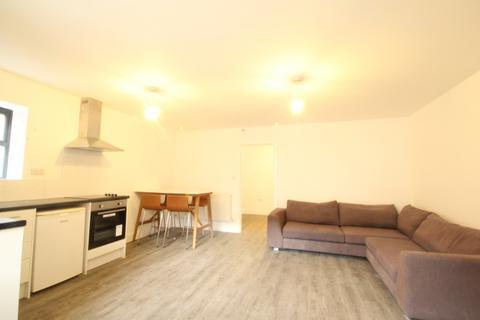 1 bedroom flat to rent - Nicholsons Way, , Maidenhead, SL6 1HR