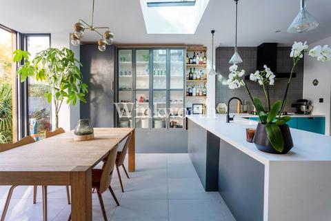 4 bedroom terraced house for sale - Brampton Road, London, N15