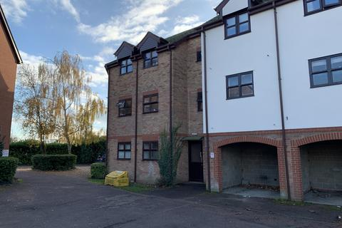 2 bedroom ground floor flat to rent - Templemead, Witham CM8