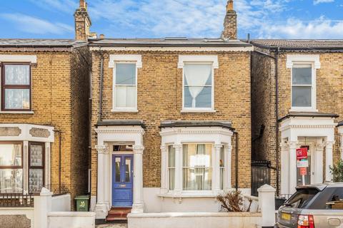5 bedroom terraced house - Sudbourne Road, Brixton