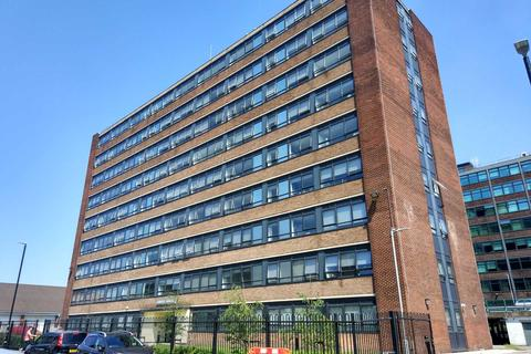 2 bedroom apartment to rent - Grove House, Old Trafford