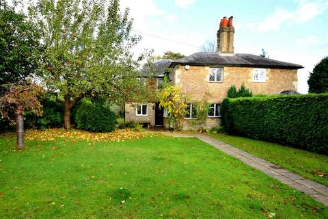 5 bedroom semi-detached house for sale - Clenches Farm Road, SEVENOAKS, Kent