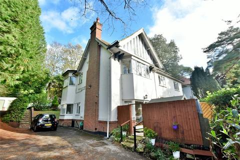 2 bedroom flat - Branksome Wood Road, Bournemouth, Dorset