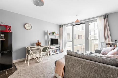 1 bedroom flat for sale - 28 Harston Walk, London