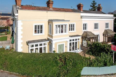 4 bedroom semi-detached house for sale - Staplegrove Road, Taunton, TA1