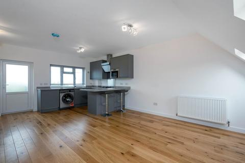 Studio to rent - Hayes Street, Bromley