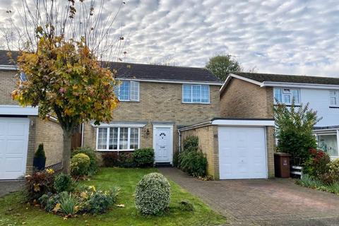 4 bedroom detached house for sale - Staple Close, Bexley
