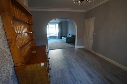 3 bedroom terraced house to rent - Leighton Street
