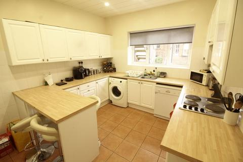 4 bedroom maisonette to rent - Windsor Terrace, Newcastle Upon Tyne