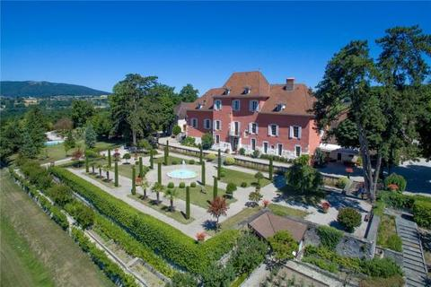 21 bedroom house - Chateau, Annecy, France