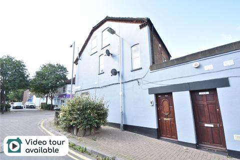 Studio for sale - North Street, Luton
