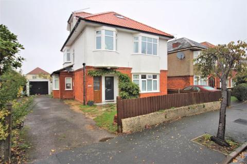 3 bedroom apartment - Horsa Road, Tuckton, Bournemouth